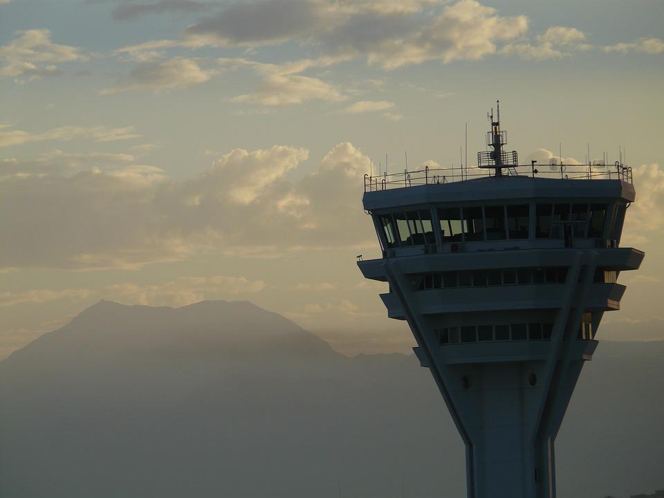 Légiforgalmi irányító