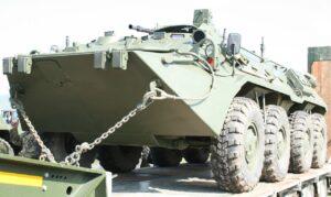Katonai járművekkel